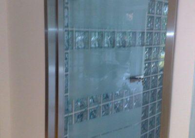 Ściana z luksferów chmurka fala wave nuagee Seves Glasspol - realizacje, pustaki szklane